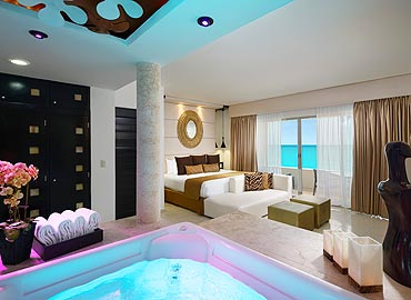 Desire Cancun Passion Suite