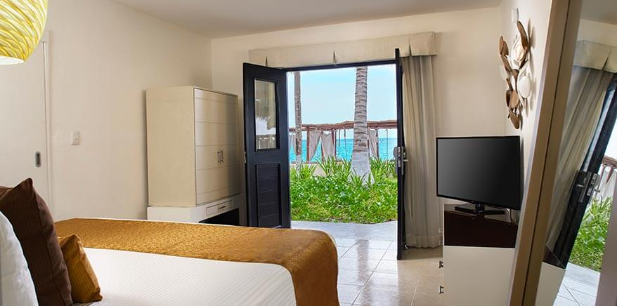 Deluxe Ocean View Room at Desire Cancun